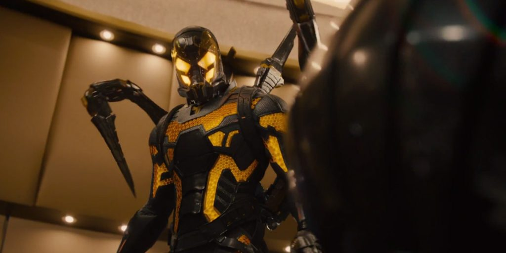 Yellowjacket es el villano, interpretado por Corey Stoll