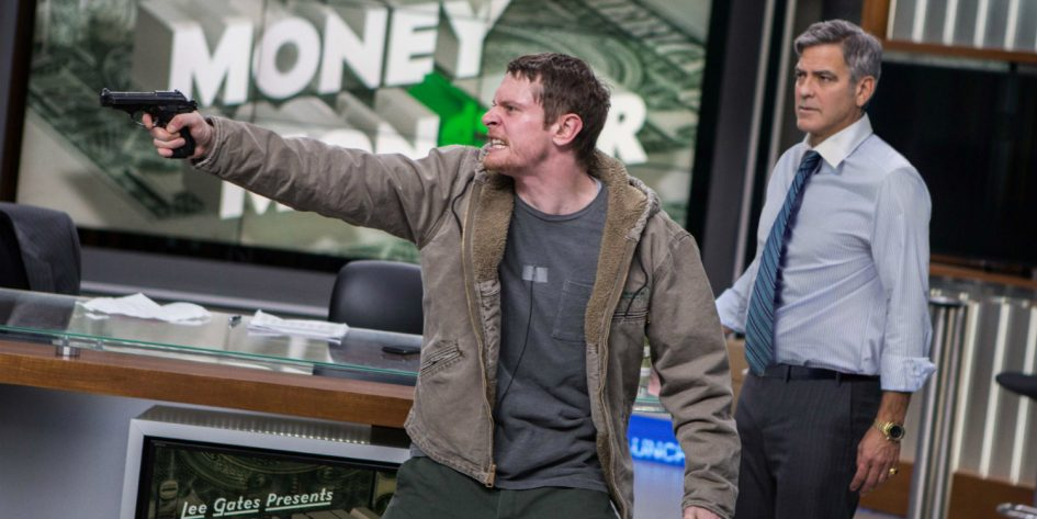 Jack O'Connell y George Clooney en Money Monster