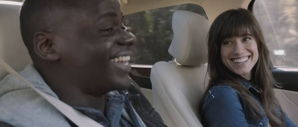Daniel Kaluuya y Allison Williams en Déjame salir